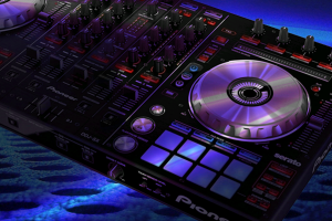 The Pioneer DDJ-SX Serato DJ Controller Review