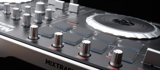 Best DJ Digital Turntables under $300