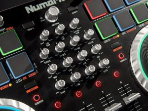 numark mixtrack quad control panel